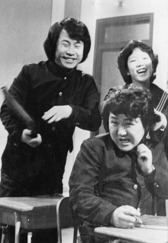 Lee on far right in another program on TBC in 1980. [JOONGANG ILBO]