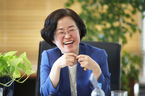 Joh Sung-wook, chairwoman of the Fair Trade Commission, at the Korea Chamber of Commerce and Industry's office on Friday. [OH JONG-TAEK]