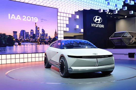 Hyundai Motor's concept car, 45, is showcased during the Frankfurt Motor Show last year. The automaker is preparing to launch a new line of electric vehicles as early as January with an exclusive platform. [HYUNDAI MOTOR]