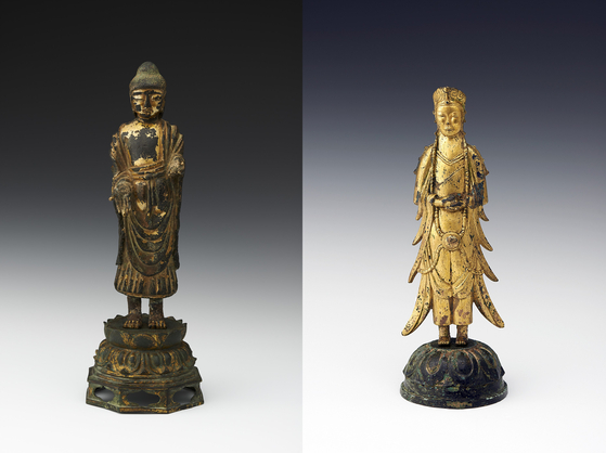 From left, treasures No. 284, Gilt-bronze Standing Buddha, and No. 285, Gilt-bronze Standing Bodhisattva, are being sold by the Kansong Art and Culture Foundation. [K AUCTION]