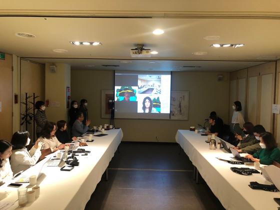 Gwangju Biennale art directors Defne Ayas and Natasha Ginwala speak to local press on May 14 via video phone call. [GWANGJU BIENNALE ORGANIZING COMMITTEE]