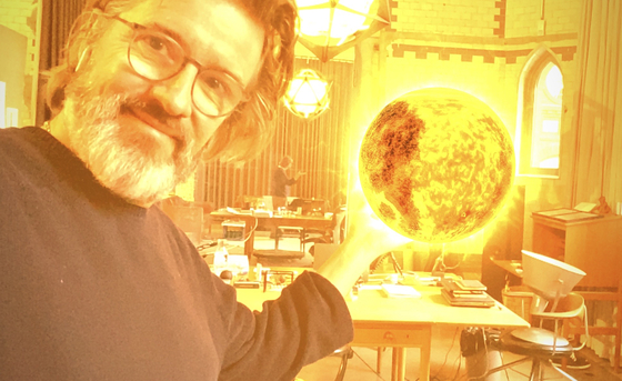Eliasson creates a sun in his studio. [OLAFUR ELIASSON, WUNDERKAMMER, 2020]