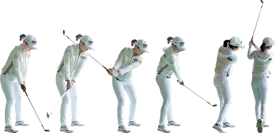 A sequence of photos shows Lee's approach shot. [SHIN JA-YOUNG]