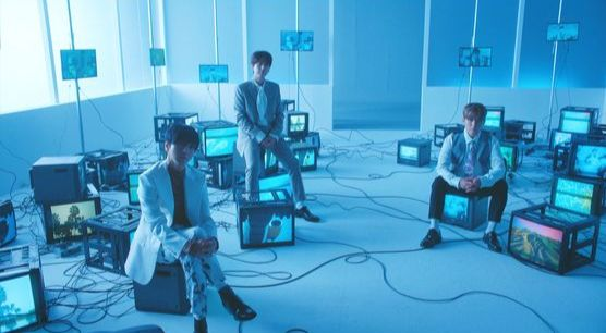 """An image from Super Junior-K.R.Y.'s music video for """"When We Were Us"""" [LBAEL SJ]"""