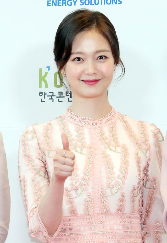 """Actor Jeon So-min has been suffering from malicious comments from local and foreign fans ever since she joined the SBS variety show """"Running Man"""" in 2018. [ILGAN SPORTS]"""