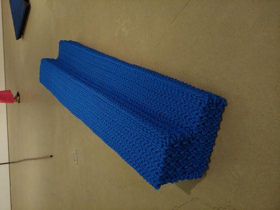 Lee Kwang-ho's knitted bench [YOON SO-YEON]