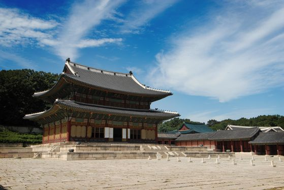 Changdeok Palace in central Seoul, a Uneso World Heritage site. [CULTURAL HERITAGE ADMINISTRATION]
