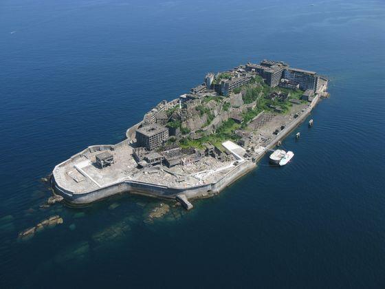 An aerial view of Hashima Island in Japan's Nagasaki Prefecture. [JOONGANG PHOTO]