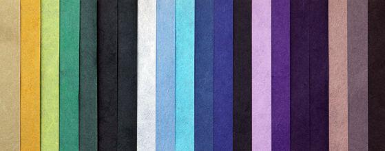Various hues of colored hanji created by Jang. [PARK SANG-MOON]