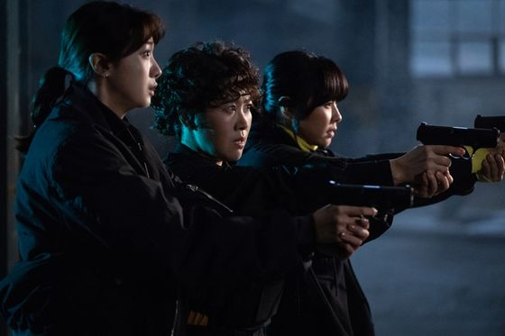 """A still from the drama series 'Good Casting."""" The drama tells the story of three female agents. [SBS]"""