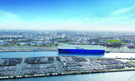 A Hyundai Glovis ship is docked in the port of Bremerhaven in Germany. [HYUNDAI GLOVIS]