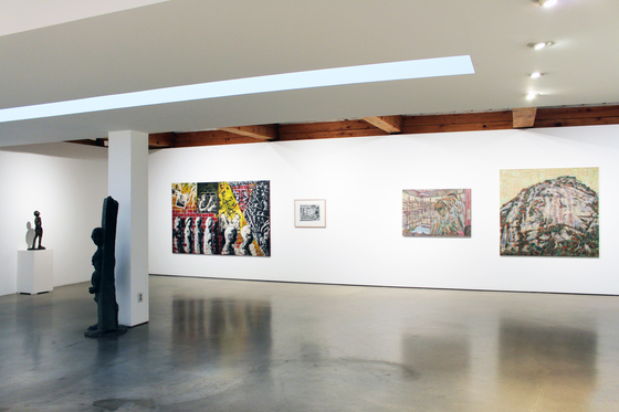 "An installation view of the ""Art and Words"" exhibition held at Hakgojae Gallery. [HAKGOJAE GALLERY]"