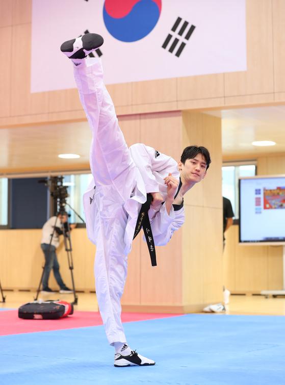 Lee Dae-hoon hopes to win gold at the 2021 Tokyo Olympics. [ILGAN SPORTS]