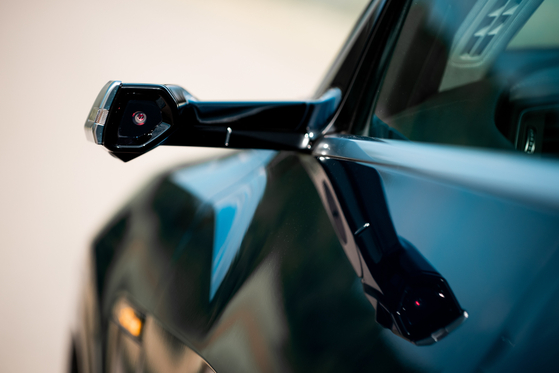 The Audi e-tron does not have side mirrors, using cameras and dedicated displays instead. [AUDI KOREA]
