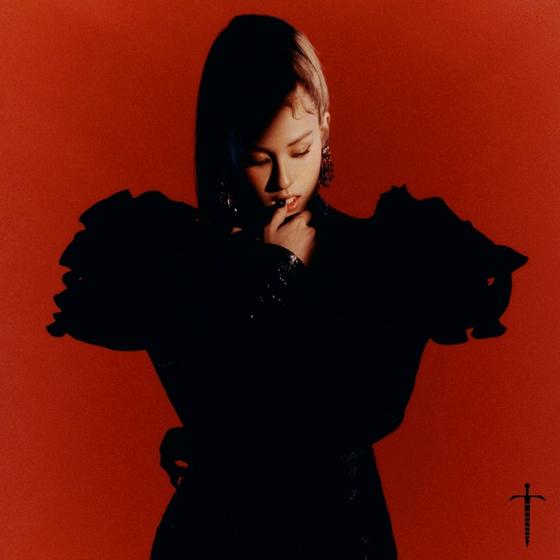 Singer Somi [THE BLACK LABEL]