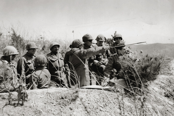 Turkish soldiers in training during the Korean War. [TURKISH ARMED FORCES]