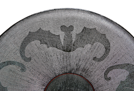 Gat with patterns of bats is believed to bring good luck. [SEO HEUN-KANG]