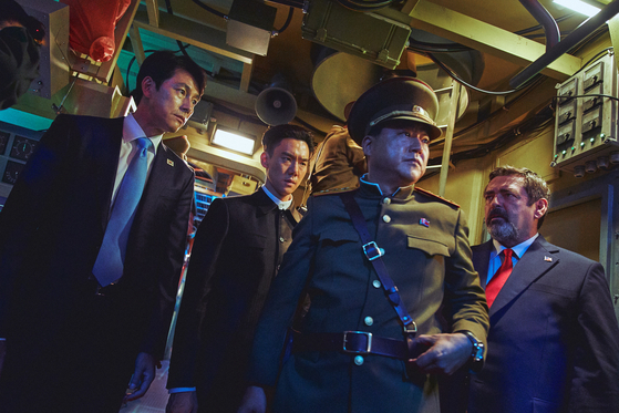 A scene from Steel Rain 2: Summit, an action thriller about three leaders from the United States, South Korea and North Korea, who are abducted in a nuclear submarine. [LOTTE ENTERTAINMENT]
