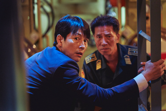 """A still from 'Steel Rain 2: Summit."""" Shin pairs up with actor Jung Woo-sung, left, in the film.   [LOTTE ENTERTAINMENT]"""