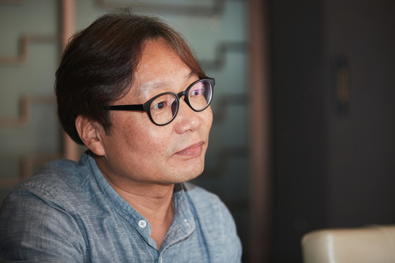 """Theatrical director Wi Seong-sin, who wrote and has directed the play """"The Story of an Old Couple"""" since 2003. [SEOUL ARTS CENTER]"""