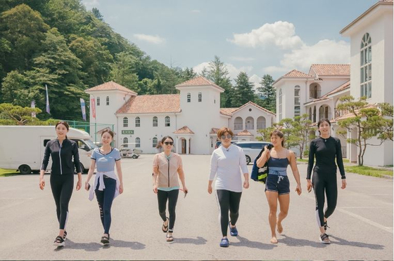 """An image from """"Sporty Sisters,"""" a reality show featuring some of Korea's biggest female sports players that airs on Tcast's E Channel. [TCAST]"""