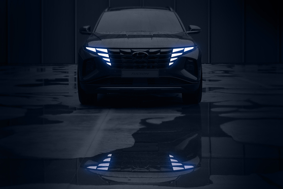 A teaser photo shows Hyundai Motor's new Tucson SUV. The automaker said Thursday that it will unveil the new Tucson SUV on Sept. 15. [HYUNDAI MOTOR]