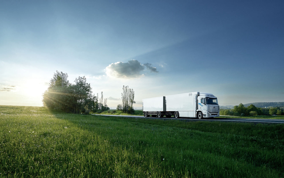 A XCIENT fuel cell truck is delivered to Switzerland in July. [HYUNDAI MOTOR]