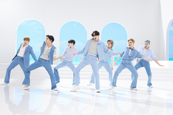 BTS performs on U.S. broadcaster NBC's Today Show. [BIG HIT ENTERTAINMENT]