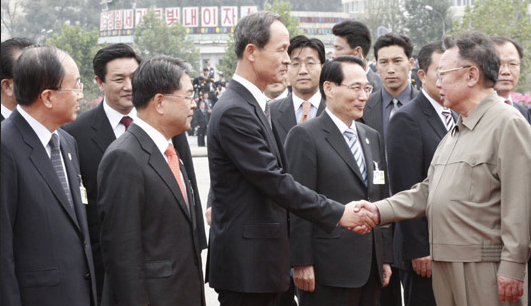 "didn't bow to North Korean leader Kim Jong-il in 2007 when shaking hands in Pyongyang. When the photo was released, the South Korean general-turned-minister earned the nickname, 'General Straight."" [JOINT PRESS CORPS]"