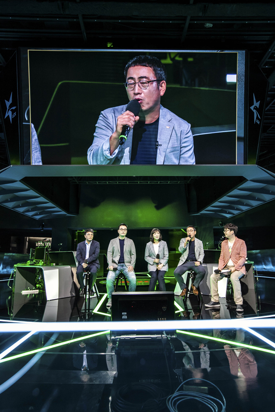 Ryu Young-sang, president of the mobile network operator division at SK Telecom, speaks about the Xbox subscription service on Wednesday. [SK TELECOM]