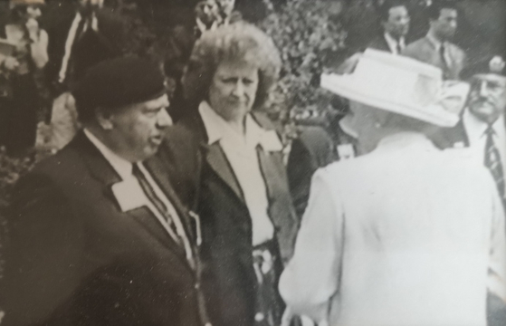 Alan Guy MBE, who served from January 1952 to September 1953 as a sergeant in the Royal Army Medical Corps, meets Queen Elizabeth II during her visit to Korea in 1999. [ALAN GUY MBE]