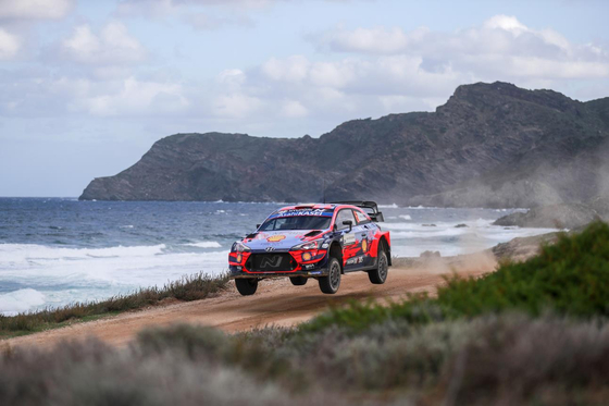Hyundai Motor's rally car i20 Coupe WRC during the 2020 World Rally Championship (WRC). Two race drivers from the rally team ranked first and second place in a WRC event in Italy that ran from Oct. 9 to 11. [YONHAP]