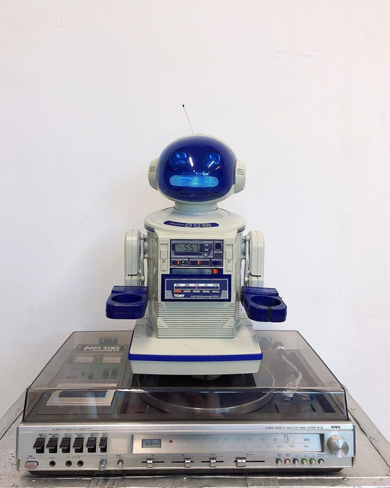 Omnibot lights up when a tape is inserted. It still plays music. [LEMON SEOUL]