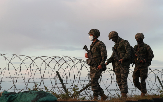 Soldiers at the Marine Corps patrol around Yeonpyeong Island, Incheon, on Sept. 24. [NEWS1]
