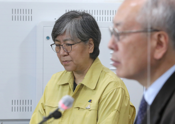 Jung Eun-kyeong, director of the Korea Disease Control and Prevention Agency (KCDA), denies the relationship between mounting deaths, mostly among the aged, and flu vaccines in a press briefing on Saturday. [YONHAP]