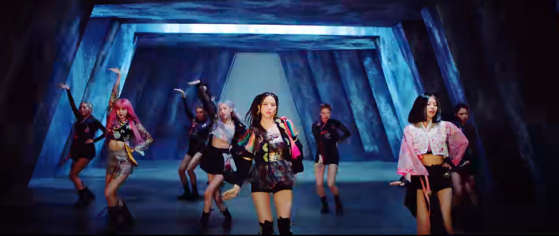 """Girl group Blackpink performs in modified hanbok (traditional Korean attire) in a 'How You Like That"""" music video. [SCREEN CAPTURE]"""
