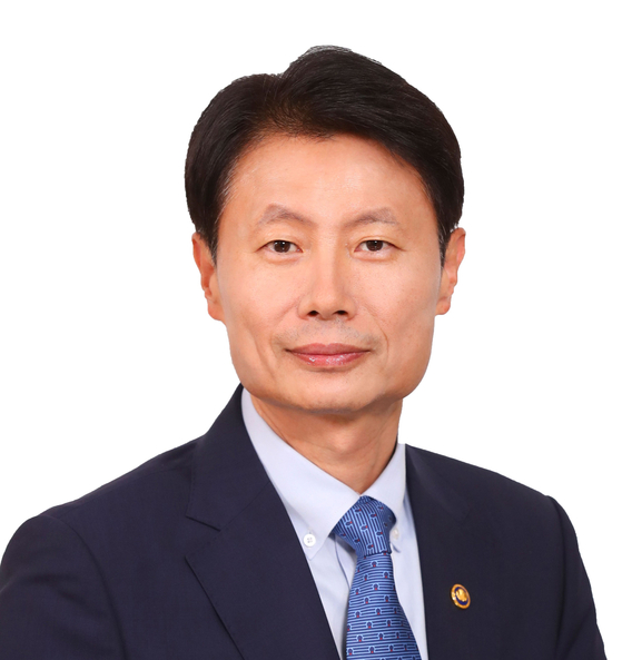 Kim Gang-lip, new head of the Ministry of Food and Drug Safety [NEWS1]