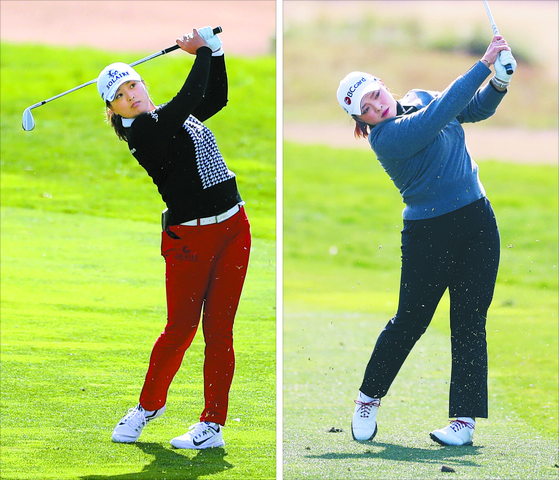 World No. 1 Ko Jin-young, left, and defending champion Jang Ha-na watch their shots during the first round of the Hana Financial Group Championship at SKY72 Golf & Resort in Incheon on Thursday. [KLPGA]