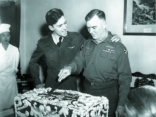 Capt. James Van Fleet Jr., left, and Gen. James Van Fleet. Their last meeting before Jim's plane crashed in April 1952 was on the general's birthday in March that year. [YONHAP]