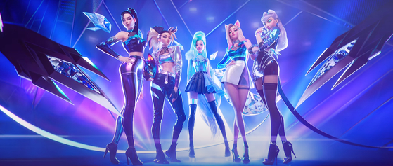 """Virtual girl group K/DA released an album titled 'All Out"""" on Nov. 6, following the success of 'Pop/Stars″ (2019), which has garnered 390 million views on YouTube as of Nov. 10. [RIOT GAMES]"""