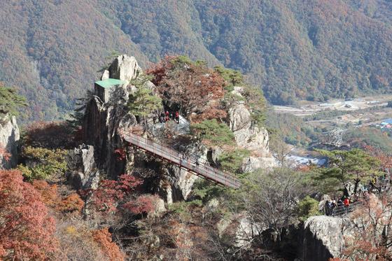 Mount Daedun in Wanju County, North Jeolla. [LEE SUN-MIN]