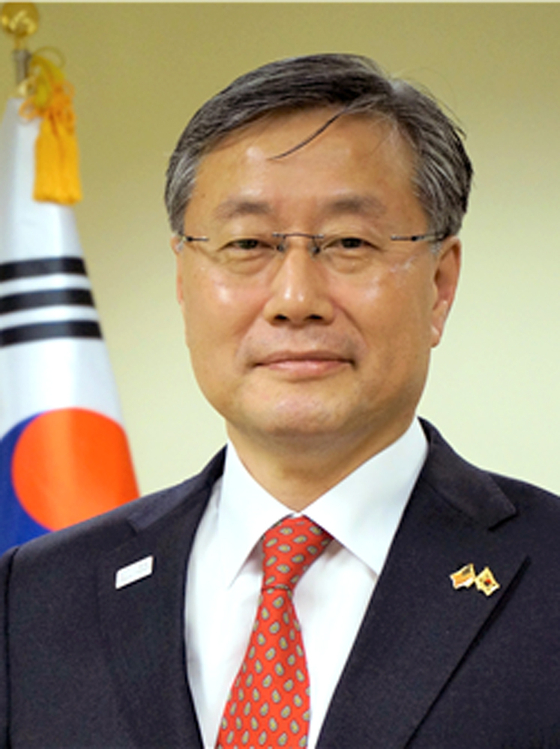 Kim Yong-hyon was named the new presidential secretary for foreign policy on Friday.  [YONHAP]
