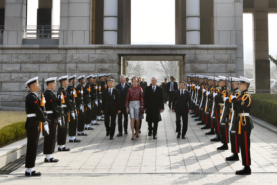 Belgian King Philippe and Queen Mathilde at the War Memorial of Korea during their state visit in March 2019. [WAR MEMORIAL OF KOREA]