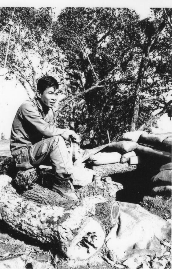 Col. Samran Wongkhunti during his service in the Korean War (1950-1953). Col. Wongkhunti served in Korea at the age of 18, from October 1950 to October 1951. [SAMRAN WONGKHUNTI]