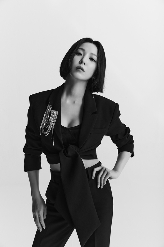 The official image for BoA's new album ″Better″ [SM ENTERTAINMENT]