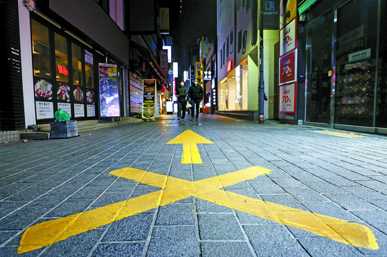The empty streets of Myeong-dong in Jung District. [YONHAP]