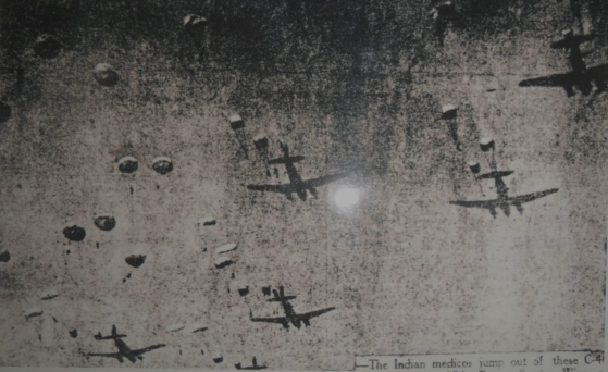 Paratroopers being dropped during Operation Tomahawk on March 23, 1951. [EMBASSY OF INDIA IN KOREA]