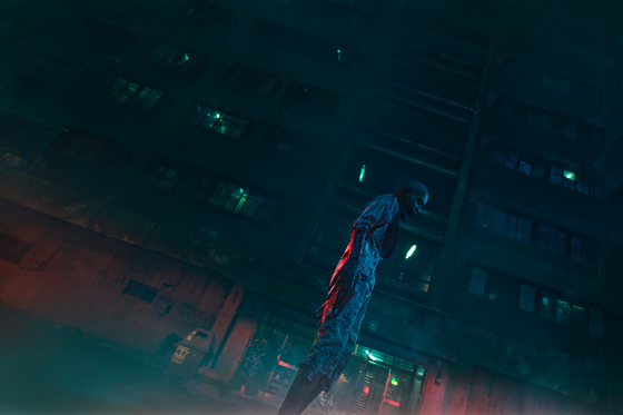 One of the monsters is visualized on screen from the webtoon original. Director Lee Eung-bok paid close attention to visualizing the monsters to not disappoint fans. [NETFLIX]
