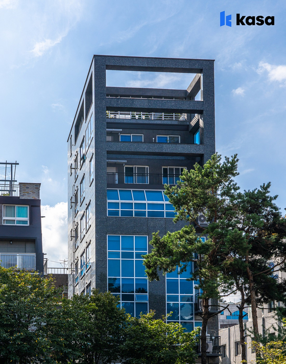 Kasa's first property to be listed publicly on Friday is located in Yeoksam, southern Seoul. [KASA KOREA]
