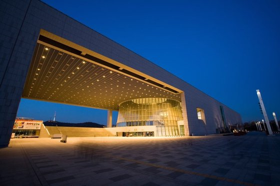 The National Museum of Korea [KOREA JOONGANG DAILY]